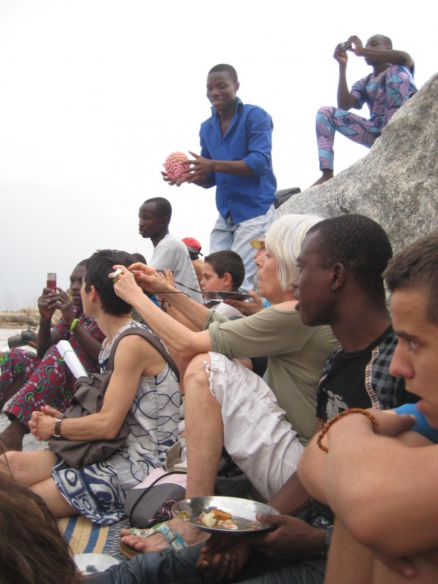 Rencontre avec les membres du club Draguignan-Bénin Parakou Février 2012 Crédit photo Sylvie MOULIN